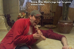 Love guru - Mike Myers's yoga legs